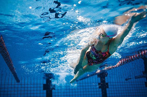 Conjunto Esportivo do São Francisco retoma aulas de natação no dia 20