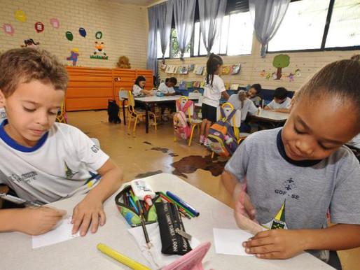 Pandemia causa impactos na alfabetização de crianças