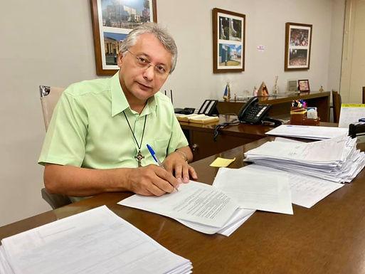 Prefeitura coleciona 11 alertas do Tribunal de Contas sobre riscos na gestão fiscal