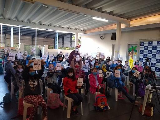 Com orientação musical, EMCAa faz ação educativa nos colégios particulares