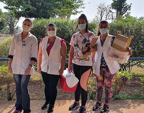 Idosos do Recanto Nosso Lar recebem terceira dose da vacina contra a Covid-19