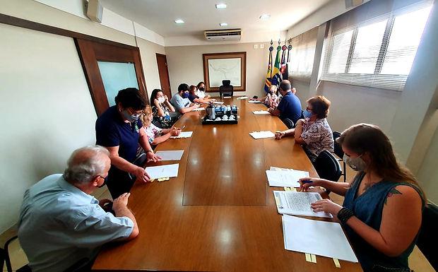 Prefeitura formaliza repasse de R$ 176 mil a entidades com recursos do CMDCA