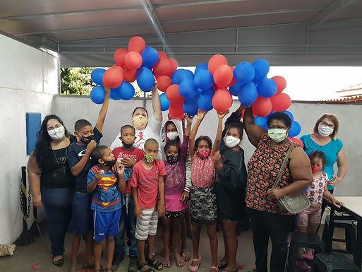 Prateleira Solidária promove apadrinhamento voluntário no Dia Das Crianças