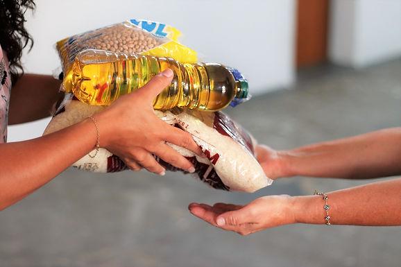 Igreja evangélica inicia arrecadação de alimentos para 'Natal Solidário'