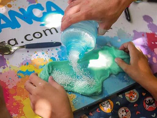 Garden Shopping Catanduva promove oficina gratuita de slime para crianças no sábado