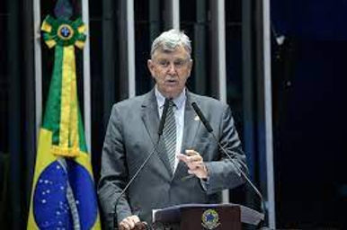 Heinze assume vaga de titular na CPI após saída de Ciro Nogueira