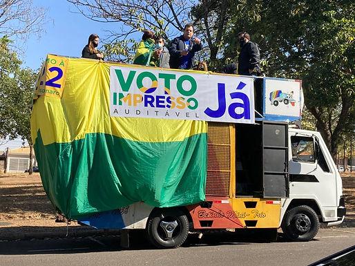 Carreata a favor do voto impresso e auditável movimenta ruas de Catanduva no final de semana