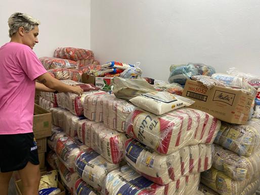 Bax Catanduva arrecada quatro toneladas de alimentos para o Fundo Social de Solidariedade