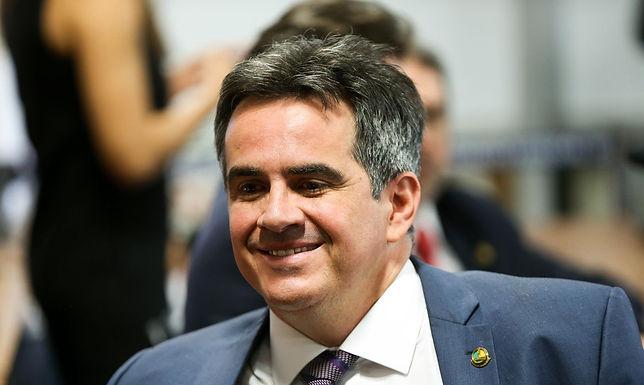 Senador Ciro Nogueira assumirá comando da Casa Civil, diz presidente
