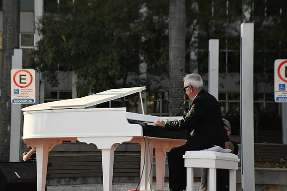 Piano Itinerante percorre ruas de Catanduva nesta sexta em homenagem aos pais