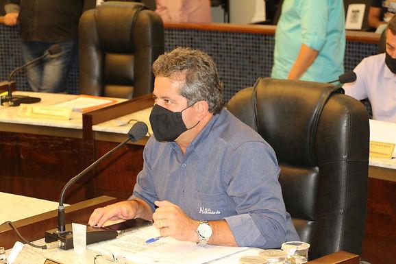 Prefeitura obtém liminar e suspende lei que concede desconto sobre multas da Área Azul