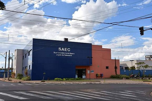 """Moradores do Vertoni dizem que SAEC """"esqueceu"""" bairro ao cobrar taxa de lixo"""