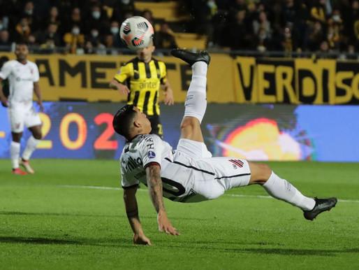 Sul-Americana: com golaços, Athletico-PR vence e fica perto da final