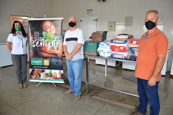 Unimed doa 25 cestas básicas para Lar de Idosos de Pindorama