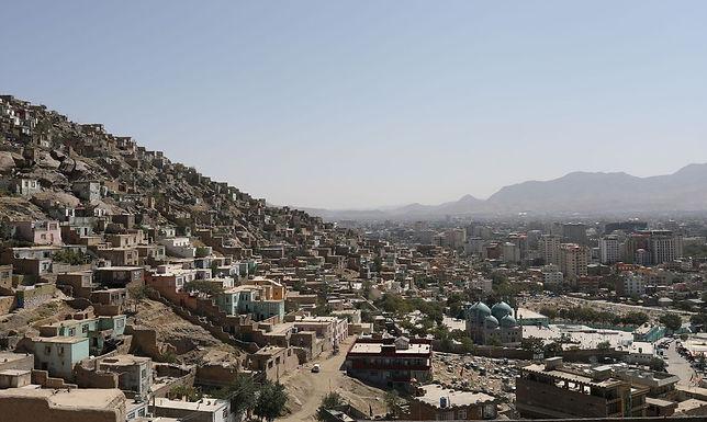 Talibã reivindica controle de área rebelde e promete novo governo