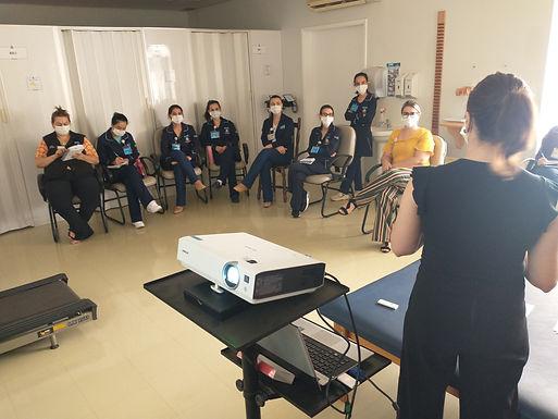 Enfermagem e colaboradores do AME Catanduva participam de treinamentos