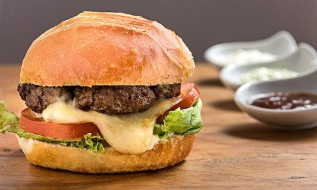 Prefeitura de Itajobi inicia curso de hambúrguer artesanal em parceria com Sebrae e Senac