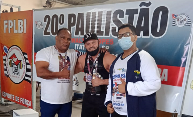 Catanduva conquista 12 medalhas de ouro no Campeonato Paulista de Levantamento de Peso