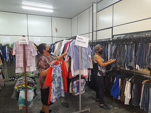 Fundo Social de Itajobi faz campanha para arrecadar roupas e calçados