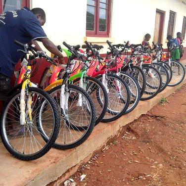 Reception des vélos à l'école