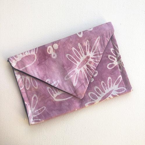 Dusty Pink Daisy Envelope Clutch