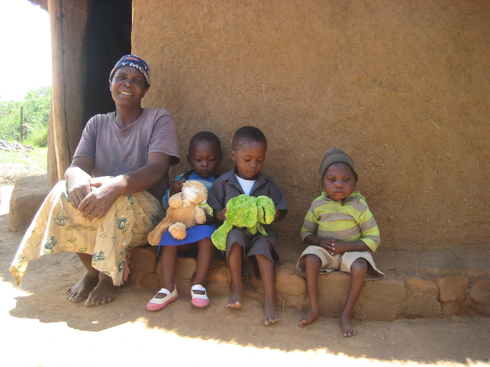 Granny Fasiwe and kids