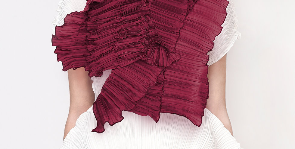 Amaryllis Pleated Scarf. Reds