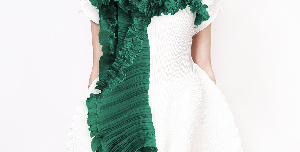 Evergreen Pleated Scarf. Greens
