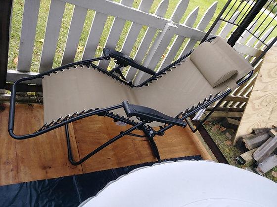 Foldable Zero Gravity Lounge Chair