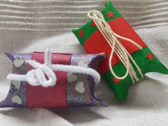 Mini boîtes cadeaux