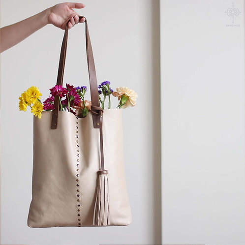 Francesca. Antique beige leather tote bag