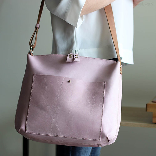 The size of Solaris lavender pink cross body bag by Khelman