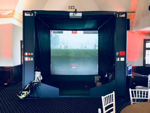 Wedding golf simulaotr front view