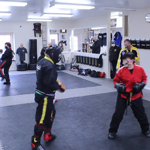 sparring round 1.mp4