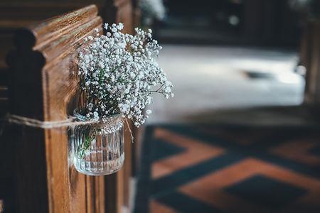 Blumen in einem Glasglas