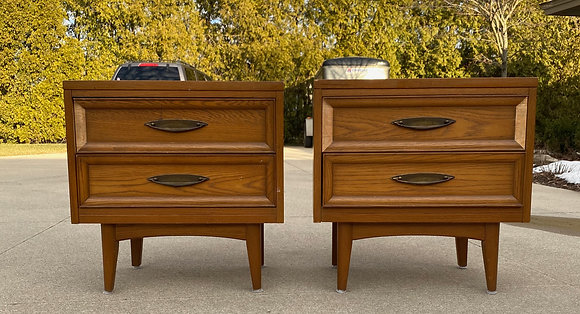 "|CUSTOMIZE| United Furniture nightstands- 25"" L x 16"" Dx 24"" T"