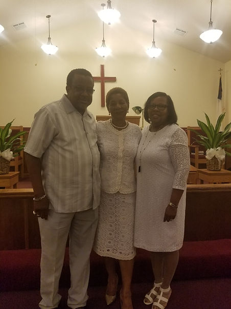 Pastor and Mrs. Alexander with Mayor Washington