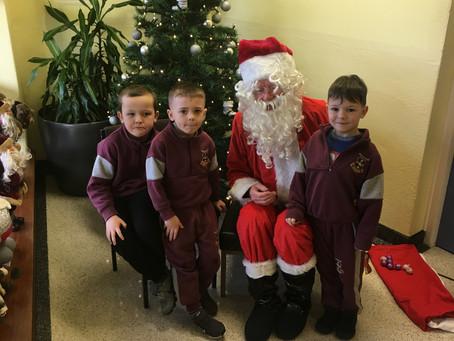 Santa's Visit 🎅🏻
