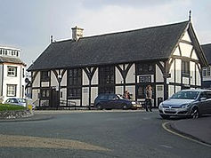 The Old Court House Ruthin.jpg