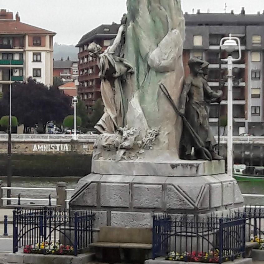 Plaza del Solar, Portugalete, Monumento