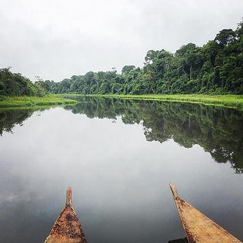 Peru-Oxbow-lake-with-canoe.jpg