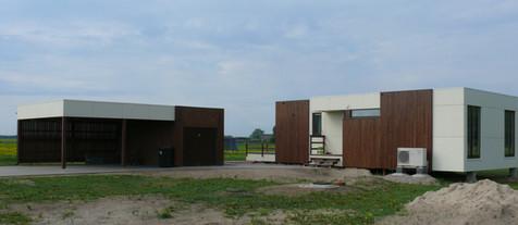 Kompaktās mājas saimniecības ēka