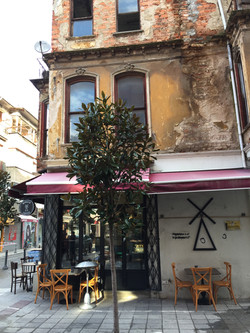 Cafe Benazio