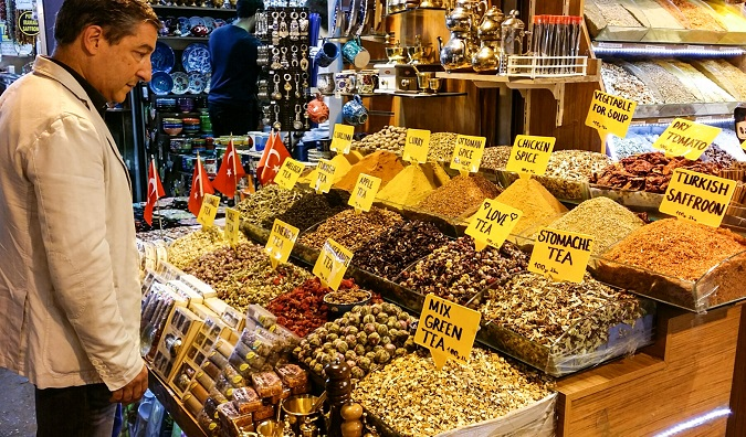 Josep Roca Mısır Çarşısı'nda