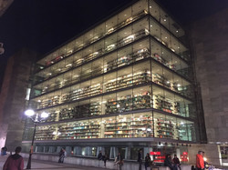 Bilbao Kütüphanesi