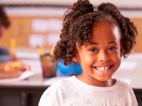 Quais são as vantagens de uma escola bilíngue?