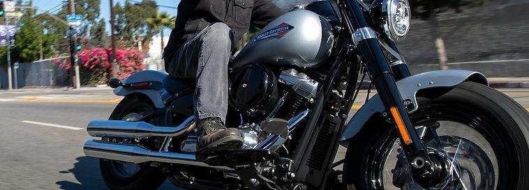 2020-softail-slim-motorcycle-g3.jpg