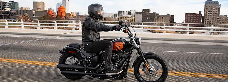 2021-street-bob-114-motorcycle-g3.jpg