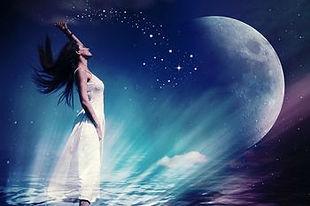 moon priestess1.jpg