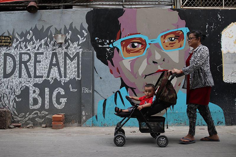 צילום: סיון קונוולינה, מתוך מסע צילום עם זיו קורן לקמבודיה